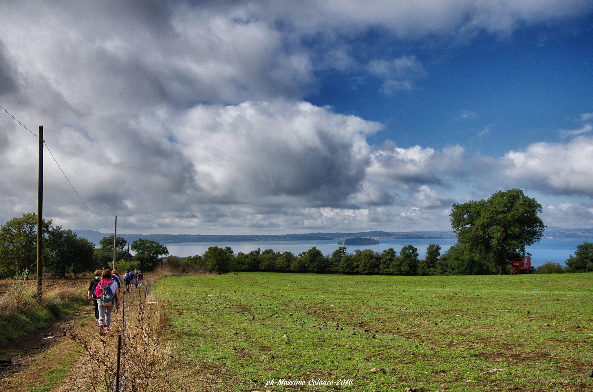 paesaggio del lago di Bolsena